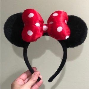 Official Disney world Minnie ears